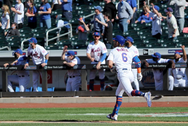 The Mets came alive as Jeff McNeil  hit a solo home-run to tie the game in the ninth inning. Thursday, April 8, 2021