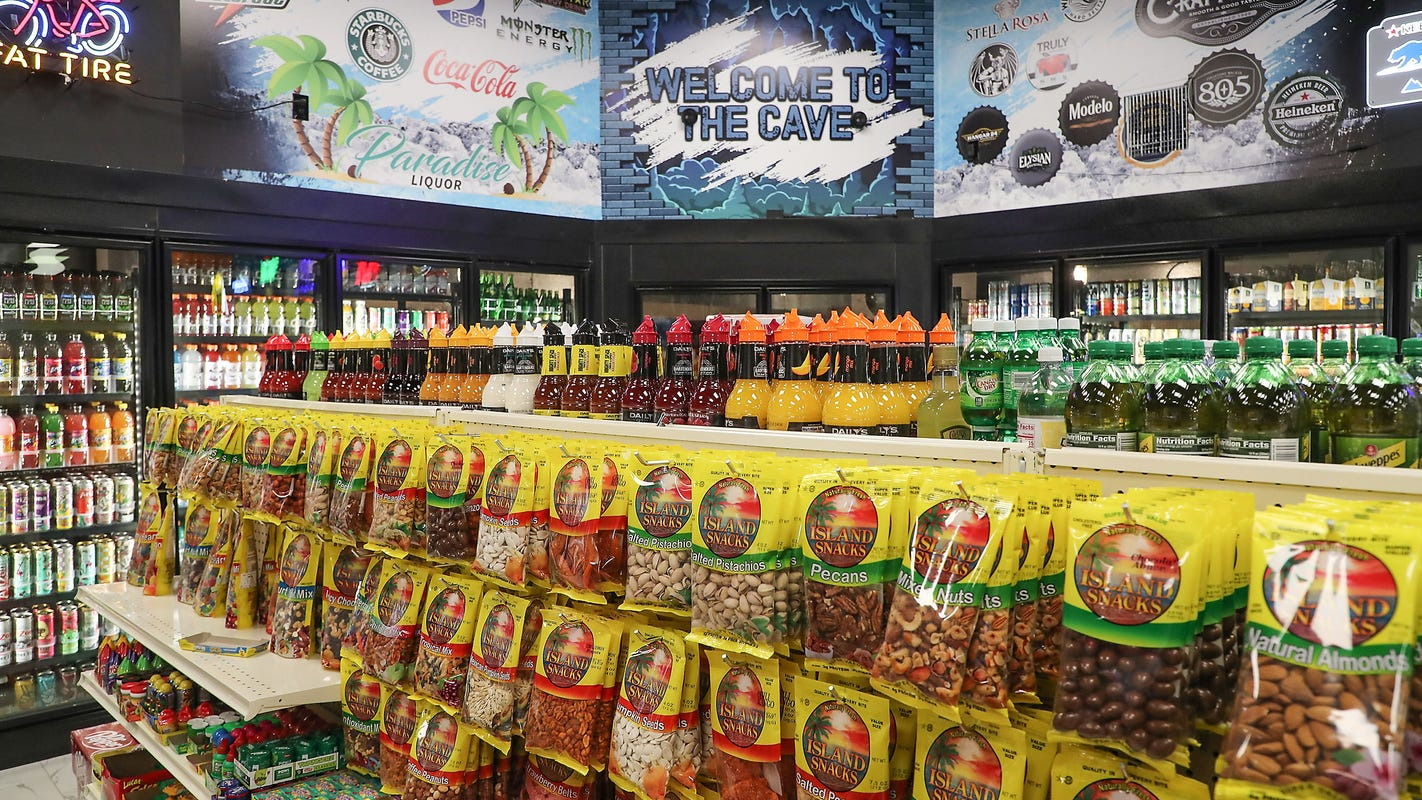 New liquor market opens in northwest Desert Hot Springs, first convenience store in area