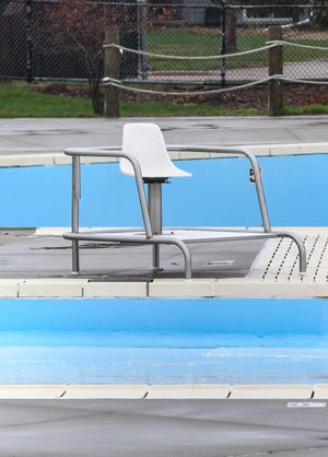 Laurel Oaks pool stands empty on Thursday, April 8, 2021, in Sioux Falls.
