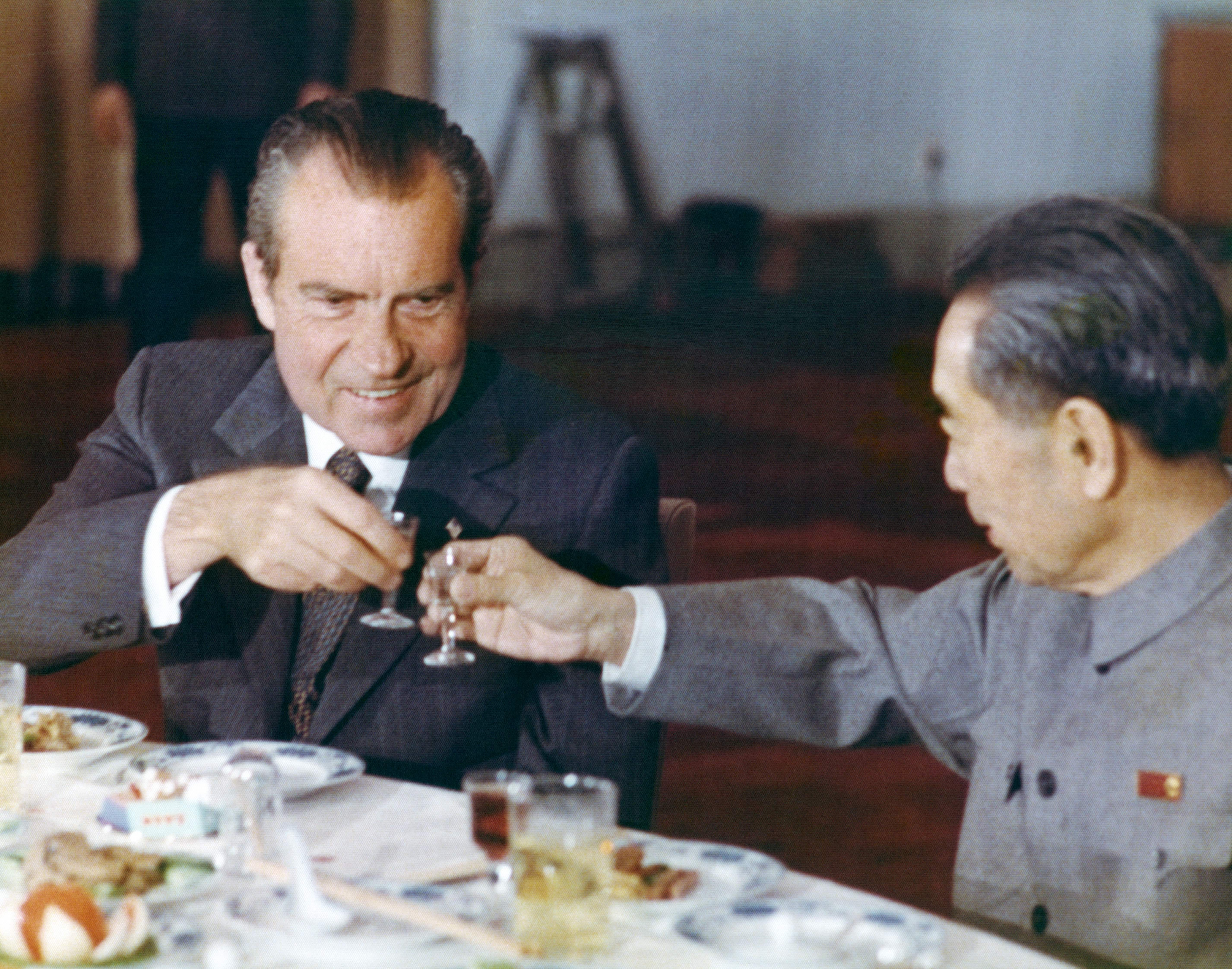 President Richard Nixon toasts with Chinese Prime minister Zhou Enlai during a banquet in Beijing on February, 1972 during an official visit in China.