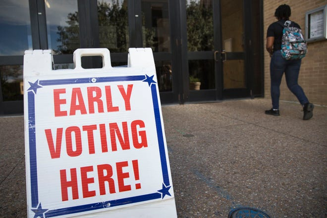Students participate in early voting at Texas State University in 2018. [LYNDA M. GONZALEZ/AMERICAN-STATESMAN]