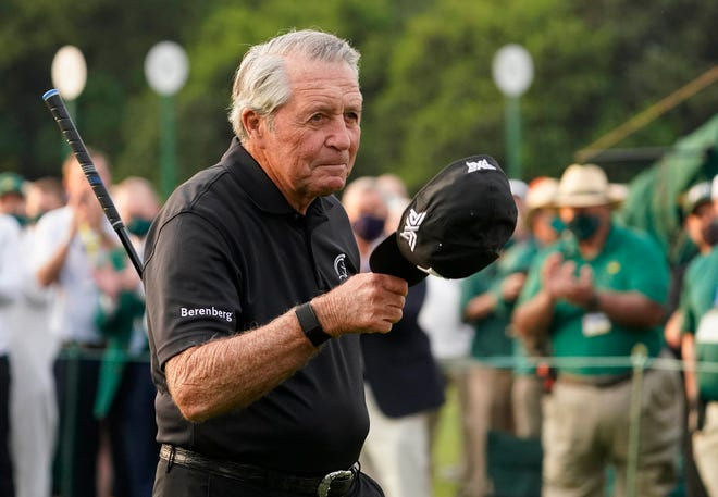 Apr 8, 2021; Augusta, Georgia, USA; Honorary starter Gary Player tips his cap at the 1st tee during the first round of The Masters golf tournament. Mandatory Credit: Rob Schumacher-USA TODAY Sports
