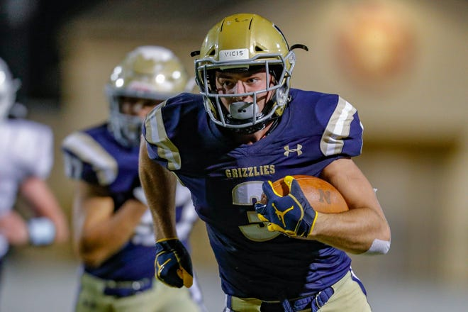 Tight end Brock Bowers, from Napa, Calif., has gone over a year without playing a football game because of the pandemic. He had 39 catches for 1,098 yards with 14 touchdowns as a junior and committed to the Bulldogs last August.