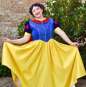 Magical Moments of Oklahoma will bring Snow White and Belle to Shawnee this weekend for a free event.