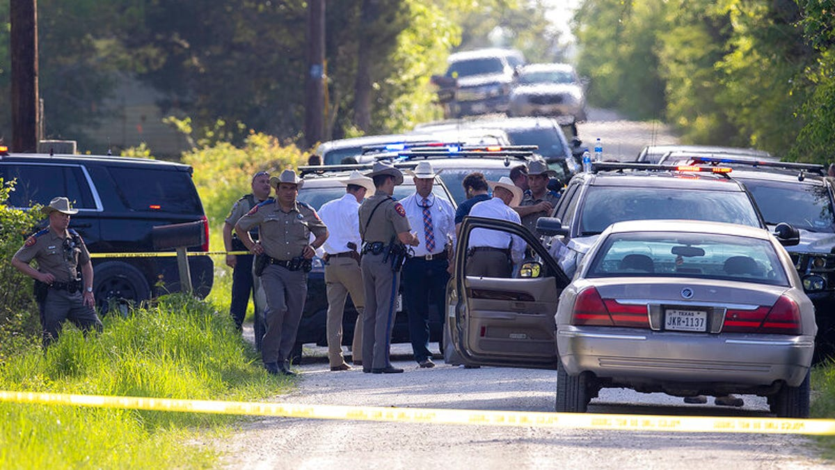 Police: Employee kills 1, wounds 5 at Texas cabinet business 2