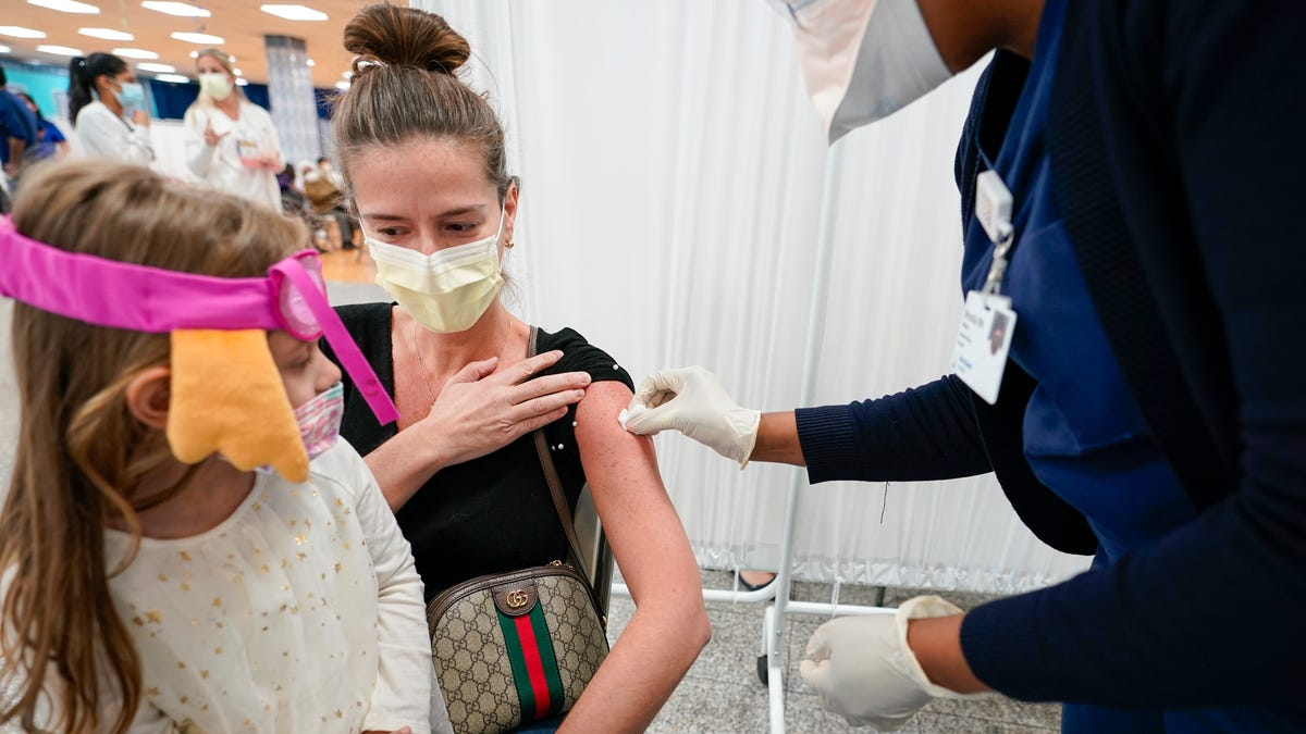 Islamic leaders battle misconception about vaccines, fasting 1