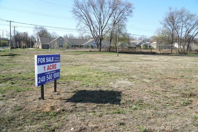 A proposed car wash facility might go into this lot at the southwest corner of Ford and Newburgh in Westland.