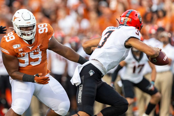 """Texas coach Steve Sarkisian has been full of praise for the defense this spring, and on Saturday he crowed about the line. Of defensive tackle Keondre Coburn, he said: """"I love that guy. He brings it every day."""""""