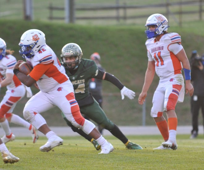 Randleman's Amarion Moton runs against Eastern Randolph. Moton had a touchdown in the Tigers' 43-7 win over Asheboro on Friday. [Mike Duprez/Courier-Tribune]