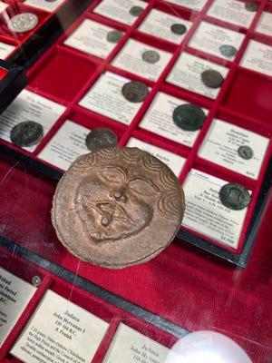 Ένα αρχαίο ελληνικό νόμισμα που κάποτε χρησίμευε ως νόμισμα.