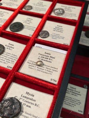 Ένα νόμισμα από το 650 έως το 600 π.Χ. περίπου για το μέγεθος ενός μπιζελιού και κάποτε χρησιμοποιήθηκε ως νόμισμα.