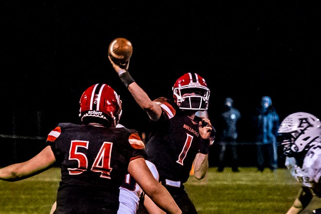 Old Rochester's Ryon Thomas fires to the sidelines.