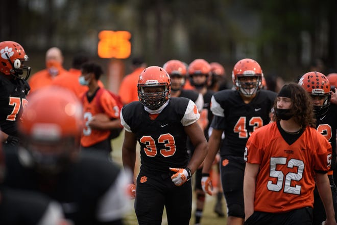 South View senior Isaac Evans (33), who led the Tigers with 10 tackles in Week 1, will lead his defense against a Hoke County team that's 2-0 on the season.