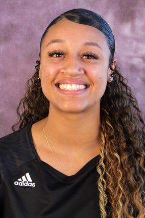 McMurry volleyball's Kianni Mitchell
