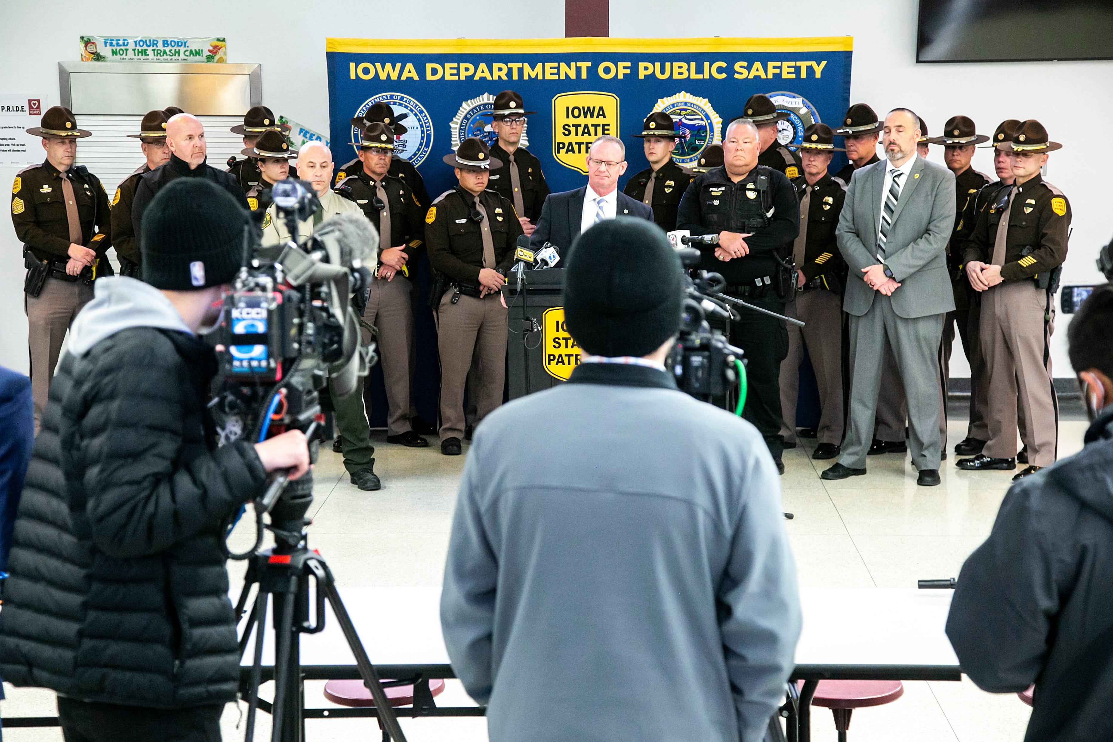 Grundy Center standoff: Investigators explain what happened