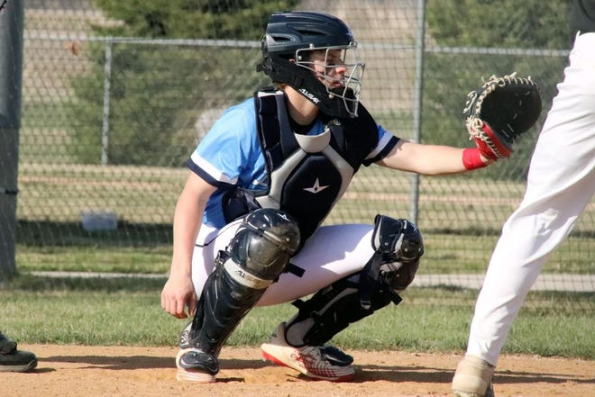 Landon Ruesink was the only Dells player to register a hit against Sioux Falls Washington on Friday.