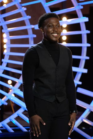 """Deshawn Goncalves makes it to the top 16 in """"American Idol."""""""