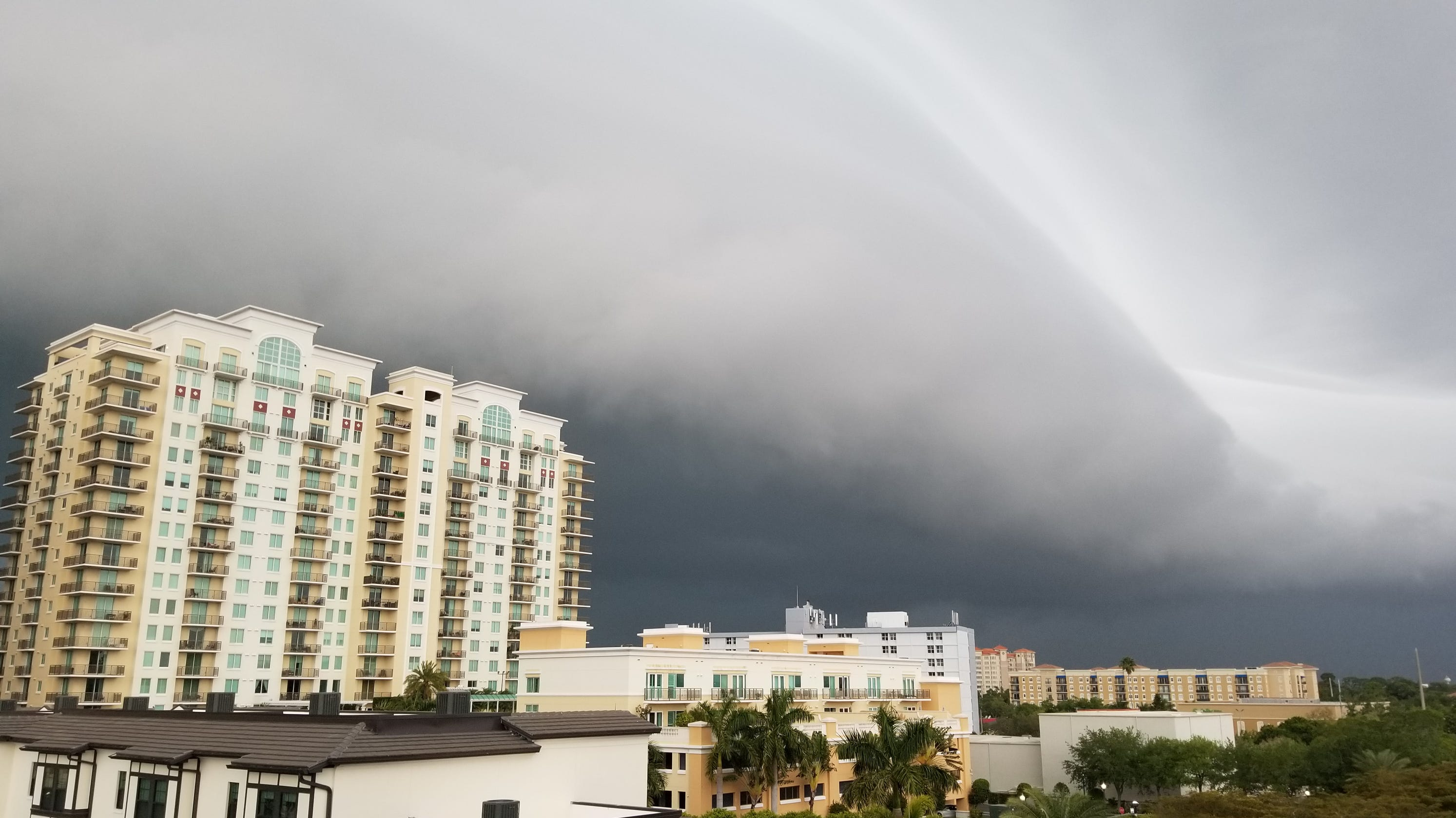 'Really unbelievable': Severe storms in South leave at least 3 dead, thousands without power in Florida