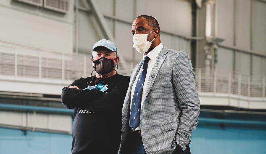 New UNC basketball coach Hubert Davis can help with football recruiting, too