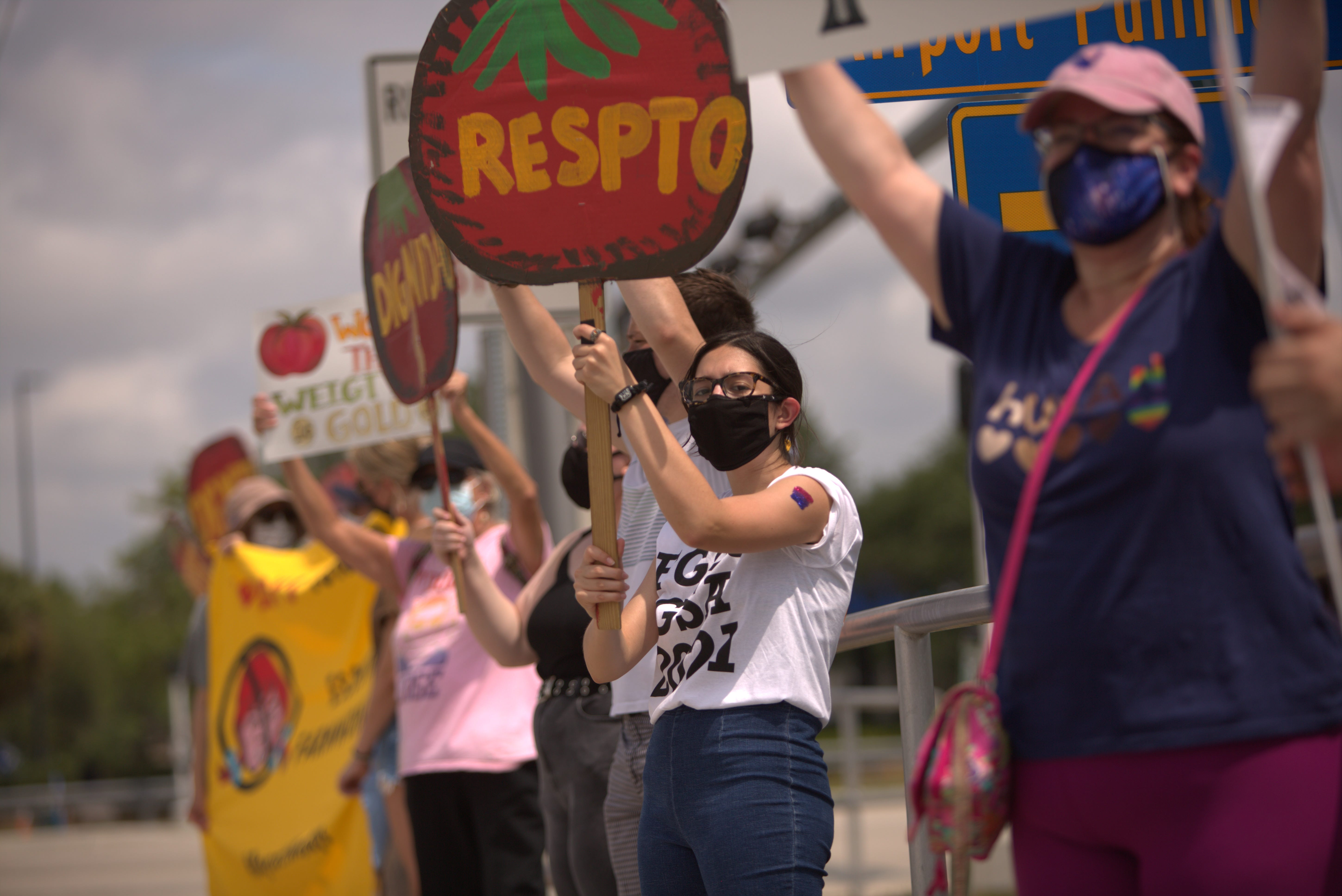 'Use our voices.' Protestors challenge Wendy's to protect farmworkers 3