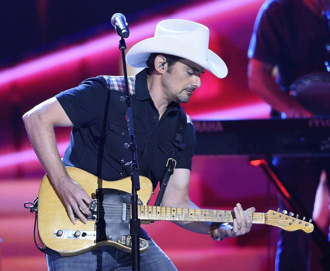 Brad Paisley has booked a show at Jacksonville's Daily's Place for July 8.