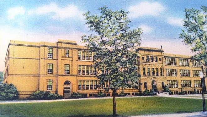 Gardner High School on Elm Street as seen in a 1950s postcard.