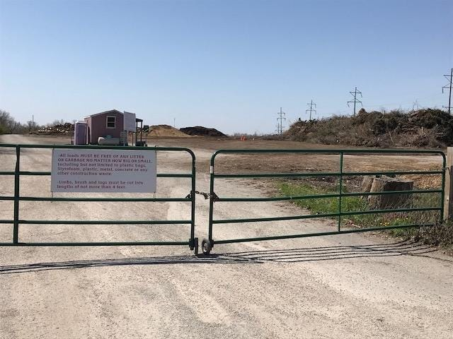The entrance to the City of Lincoln Landscape Waster Facility will offer extended spring hours
