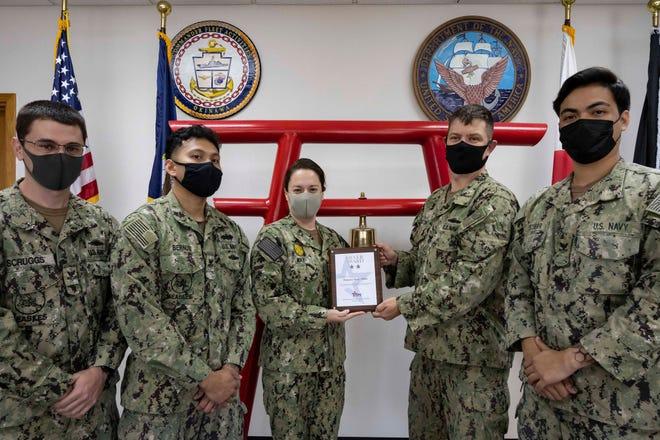 Shawnee native presents CFC Silver Award at Commander, Fleet Activities, Okinawa