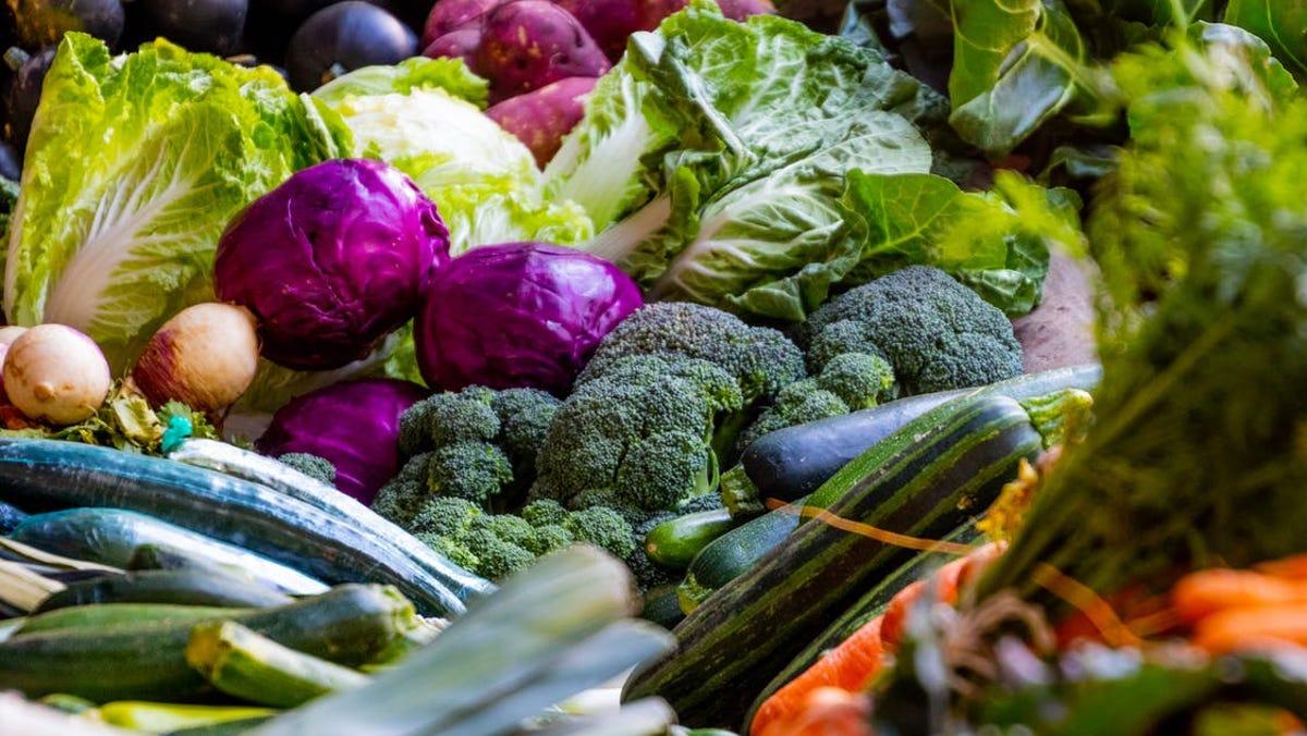Roger Mercer: Annual vegetable, garden plant sale this week in Fayetteville