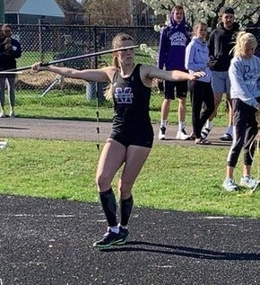 Mount Union juniorKennady Gibbins(Fairless) has been named Ohio Athletic Conference Women's Outdoor Field Athlete of the Week of April 12.