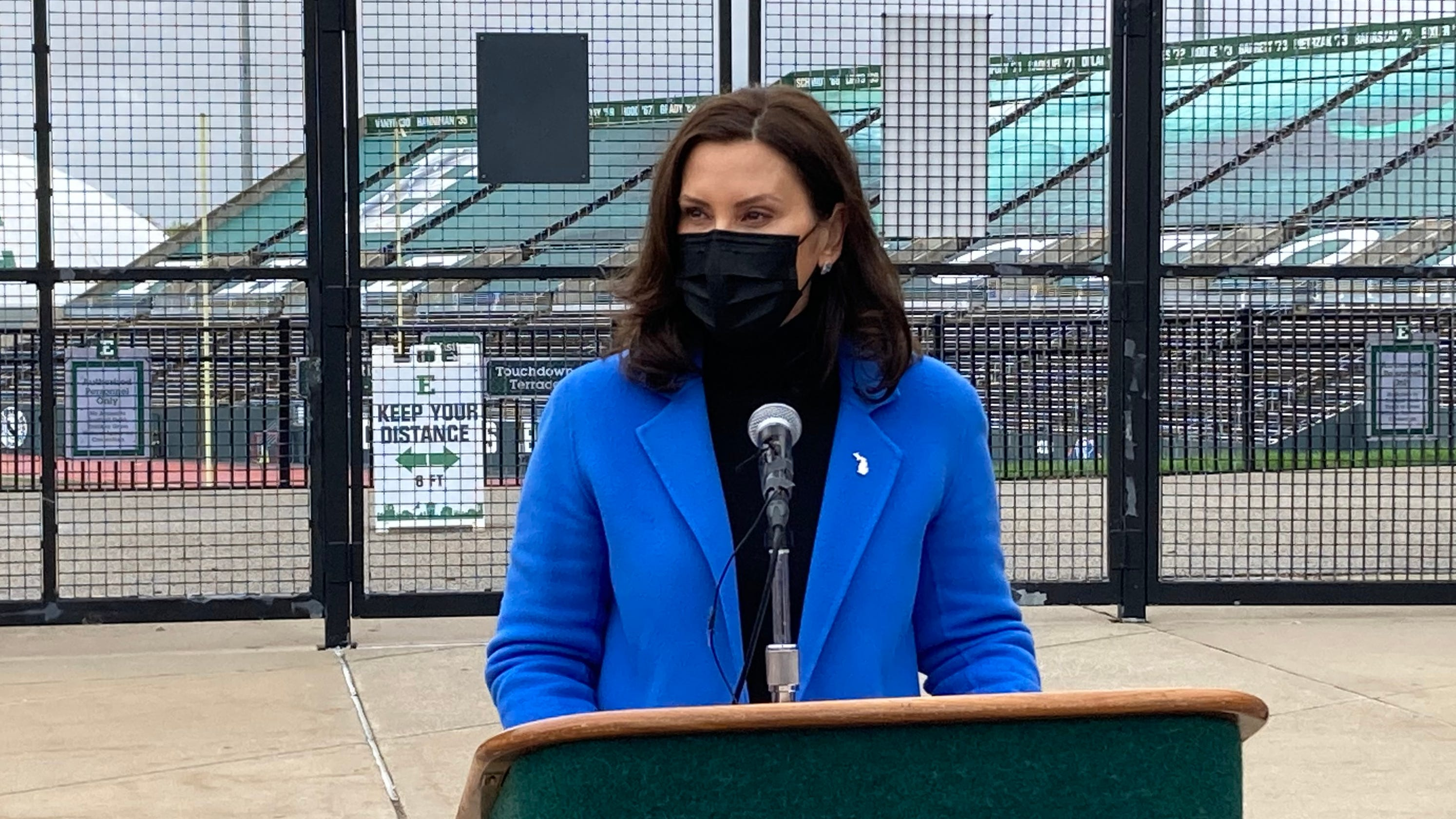 Whitmer: Michigan to extend workplace COVID-19 restrictions amid surge in cases