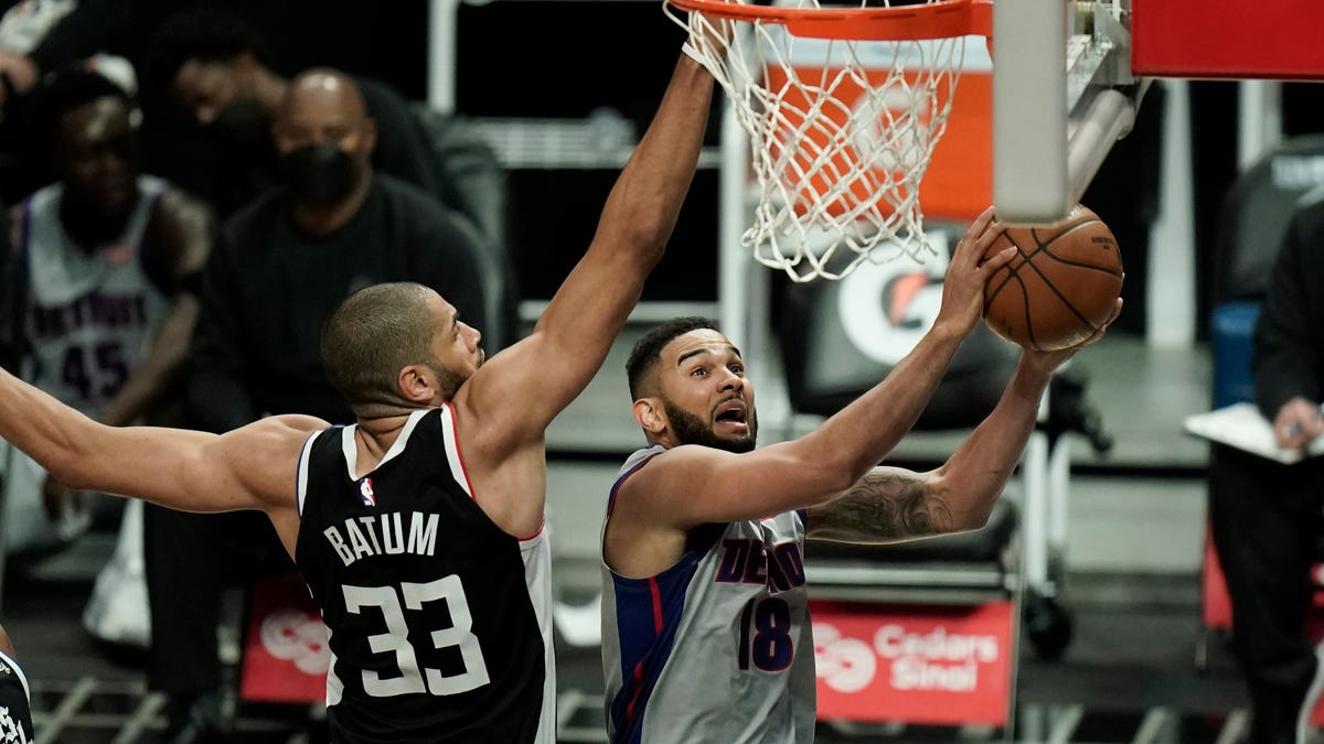 'I was happy to see the response': Pistons fight hard, fall away late in loss to Clippers 1