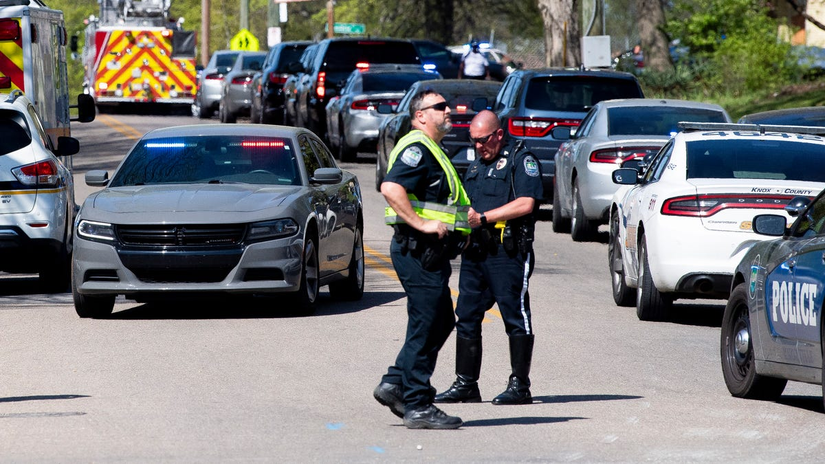 One dead, police officer wounded in Tennessee school shooting 2