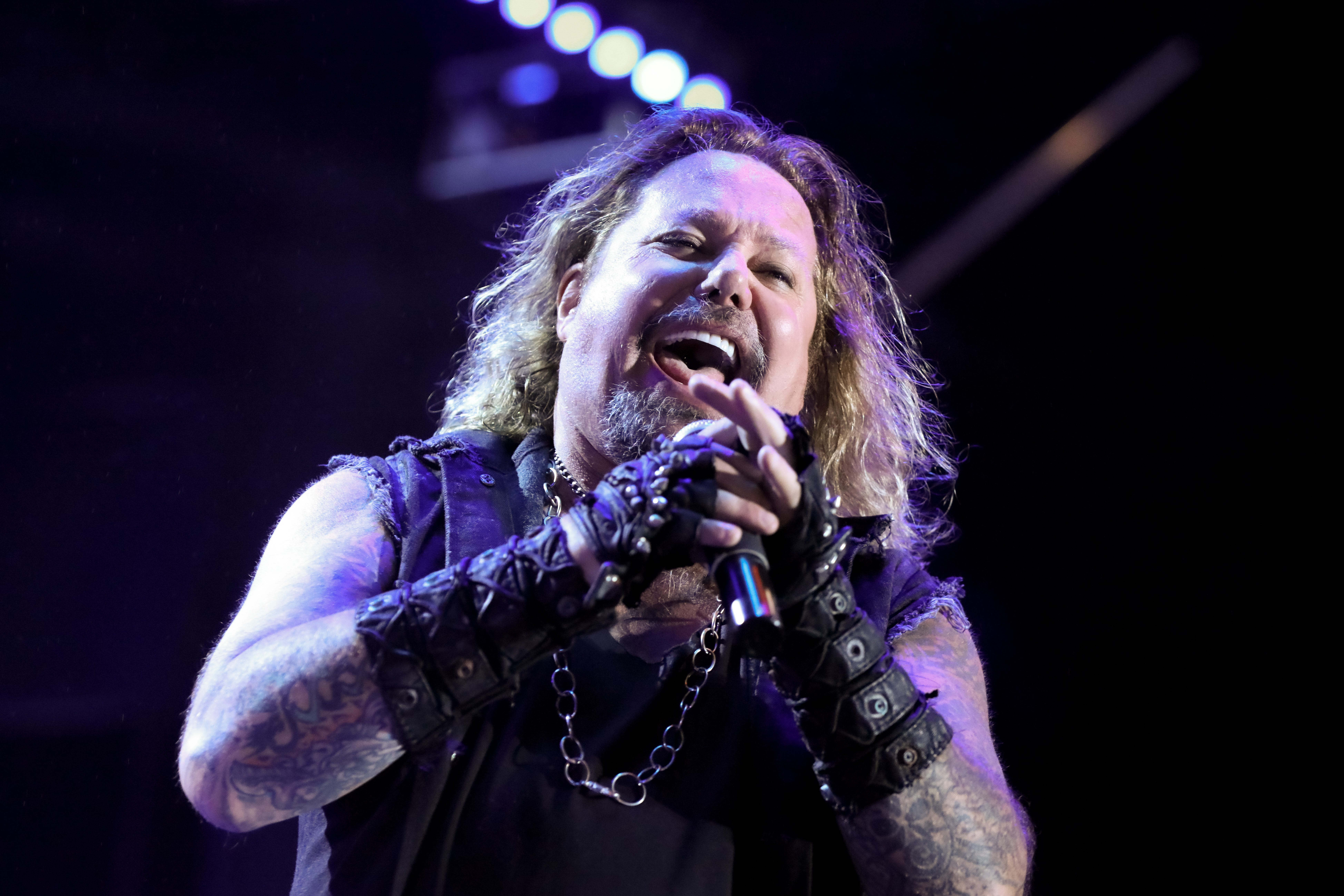 Latest Summerfest 2021 lineup announcements: Vince Neil of Motley Crue at Uline Warehouse, JoJo s Martini Lounge performers