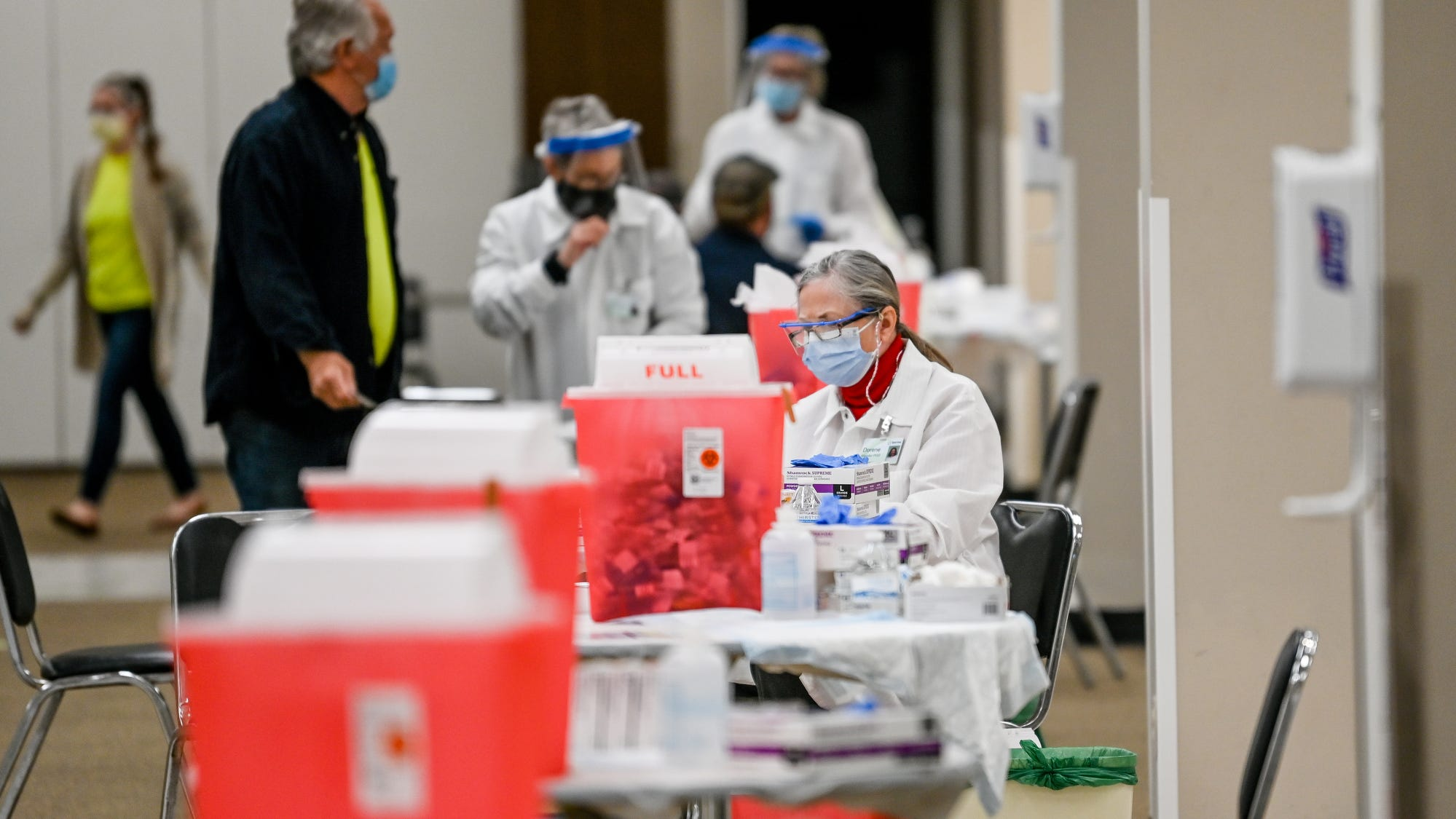 Why people who contracted COVID-19 don't count toward herd immunity - Lansing State Journal