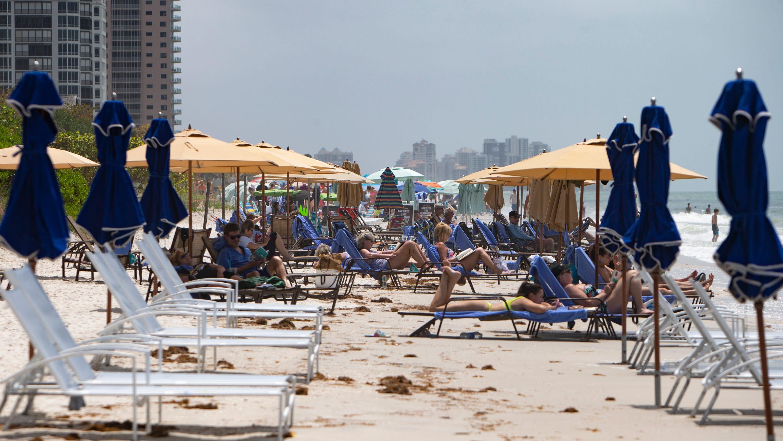 In the Know: Naples named 'best beach town' in USA. Sarasota, Venice, Boca Raton, Destin, Vero Beach also score high