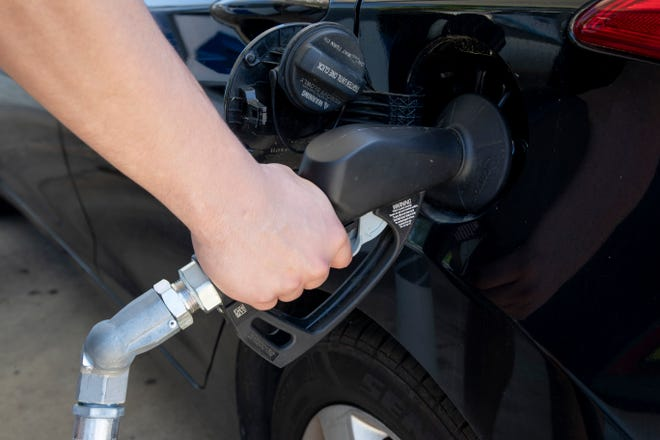 After several weeks of rising prices, Floridians could continue to see declines, according to the AAA-Auto Club South in its weekly gasoline prices briefing. The average price of gas in Florida this week is $2.94 a gallon.