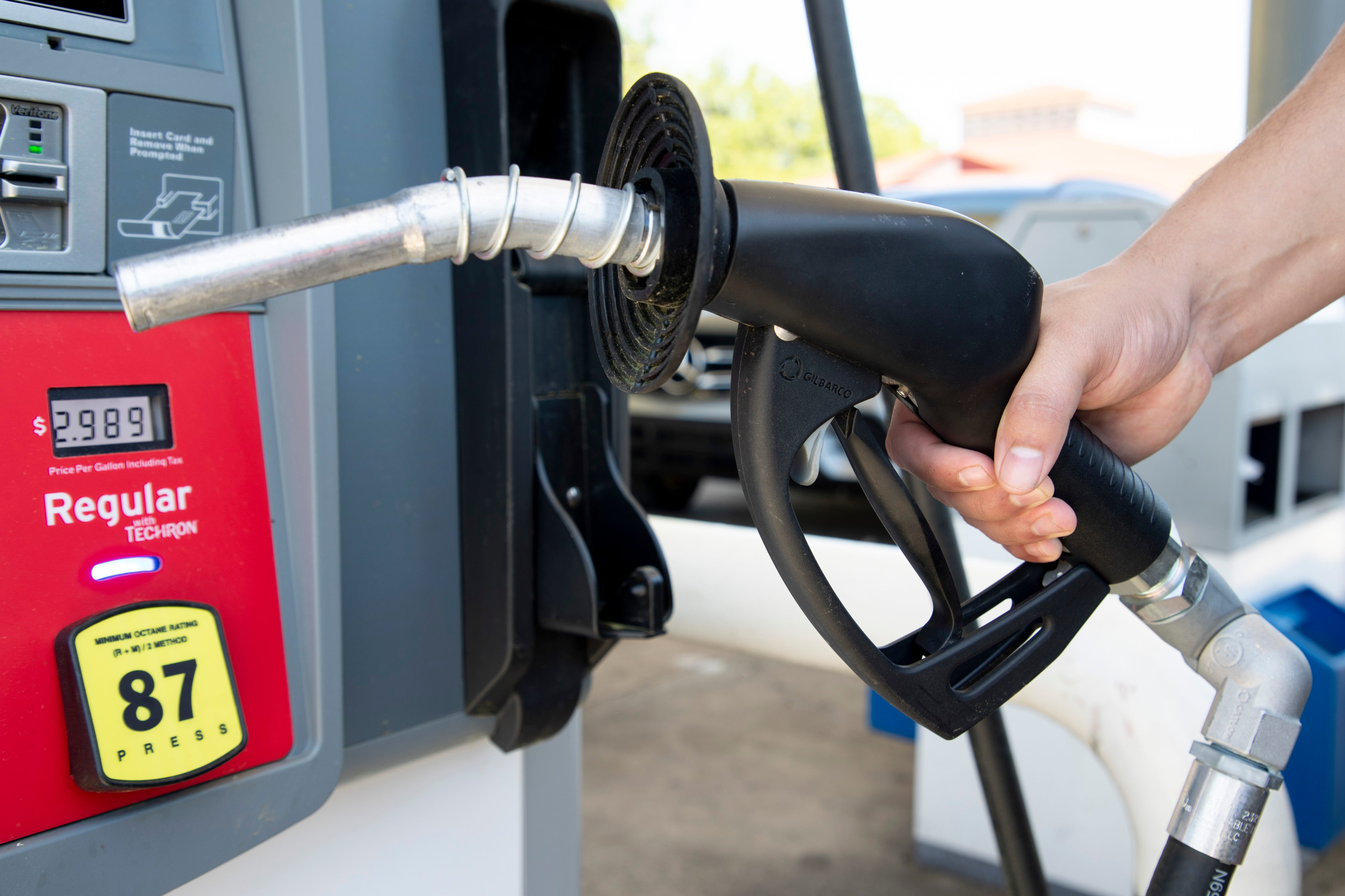 Florida gasoline prices jump by double digits