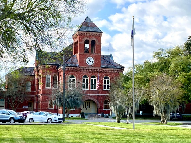 The Ascension Parish Council appointed planning and zoning commissioners at the courthouse in Donaldsonville during the first meeting of the month.
