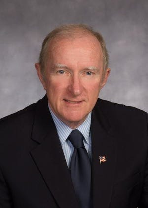 Former state Sen. Stephen M. Brewer will be the keynote speaker at the 2021 MWCC commencement.