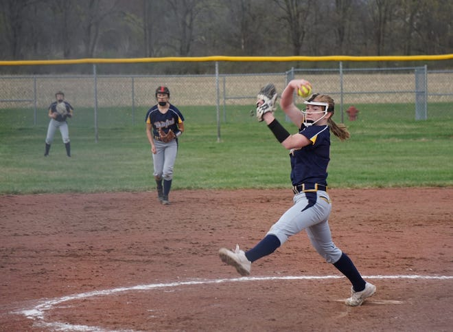 LOCAL SPORTS: Whiteford, Milan settle for softball split