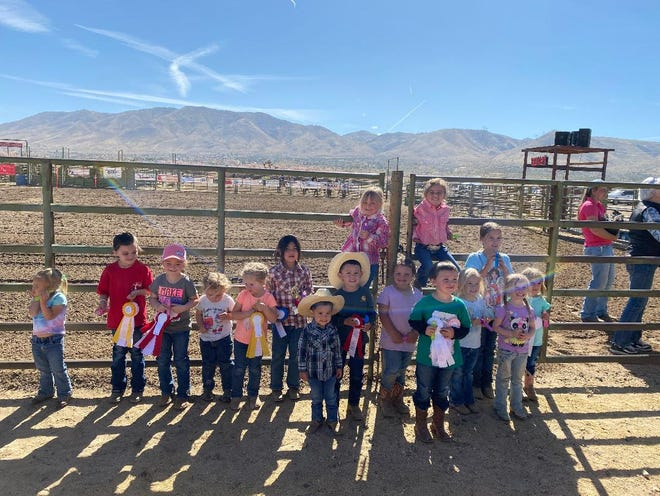 Pictured are 16 of the 21 Lead Line competitors at the April Hesperia Wranglers show.