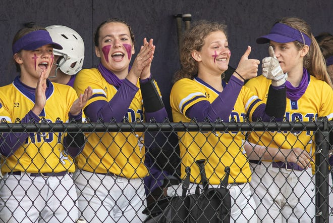 The Unioto softball team has a 14-5 overall record and earned a No. 4 seed at the Division II Southeast District tournament draw on Sunday.