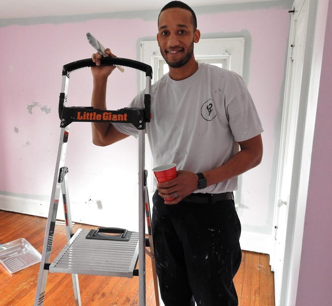 Nathan Gibson started Gibson Interior Painting in early March doing painting of rooms and other minor related work. Injuries from a car wreck in September meant Gibson couldn't return to his regular job and he needed something else to care for his family. Gibson is appreciative of the support the local community has given his family.