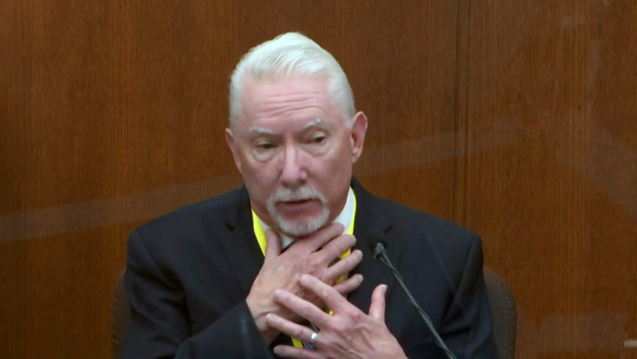 Expert says cop was justified in pinning down George Floyd 1