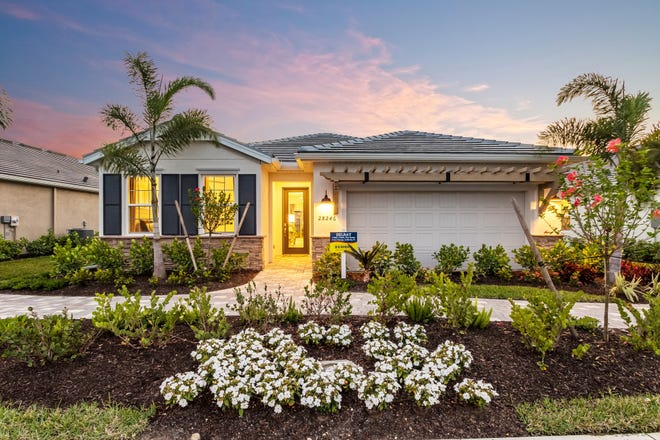 The Delray is the most popular model for DR Horton. This new model is now open at The Seasons in Bonita Springs.