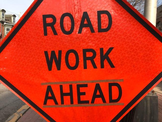 Wichita Falls motorists can expect detours on major thoroughfares as TxDOT begins replacing highway signs.