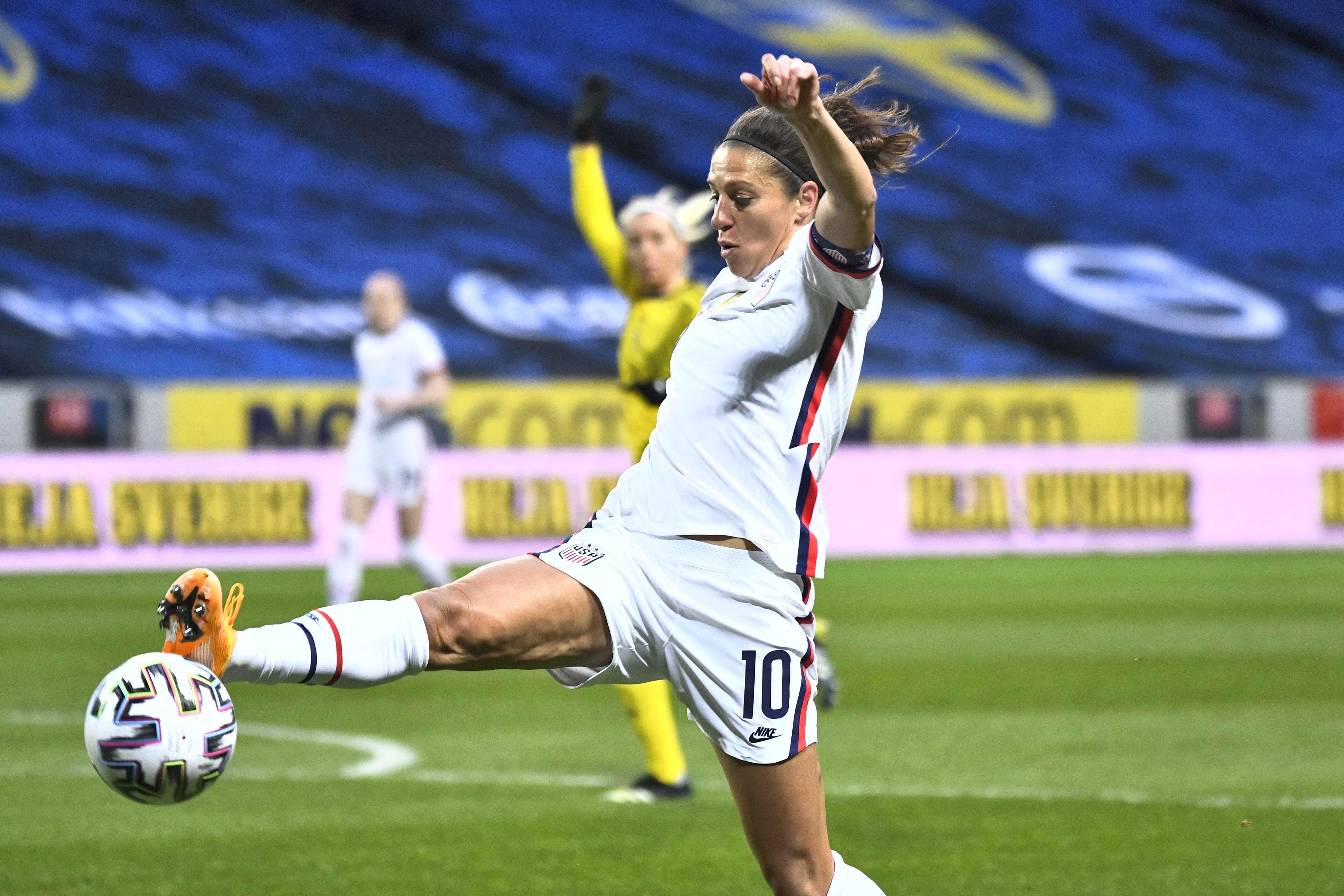 Usa Women's Soccer Goalie 2021 Background JPEG