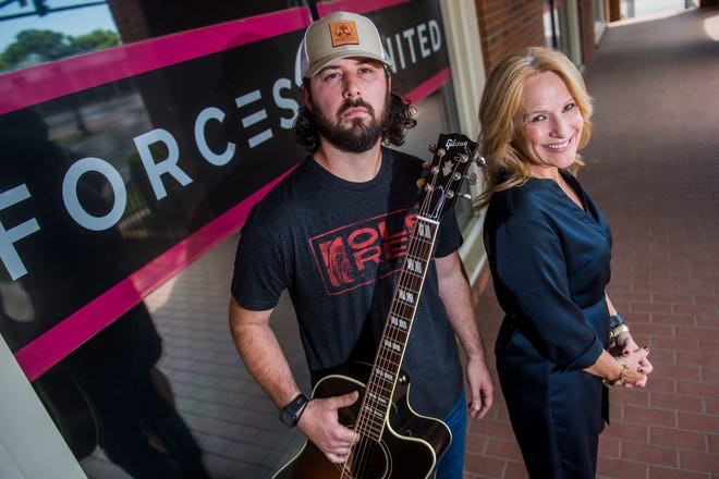 Country singer Daniel E. Johnson is teaming up with Forces United President and CEO Victoria Hann to host a benefit concert, featuring Johnson, to raise funds and awareness for the veterans assistance group.