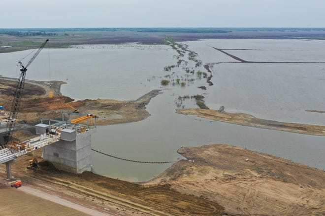Work on the new Bois d'Arc Lake reservoir in Fannin County reached a milestone Wednesday as crews began to fill the lake. Officials with the North Texas municipal Water District believe the lake could start providing drinking water by 2022.